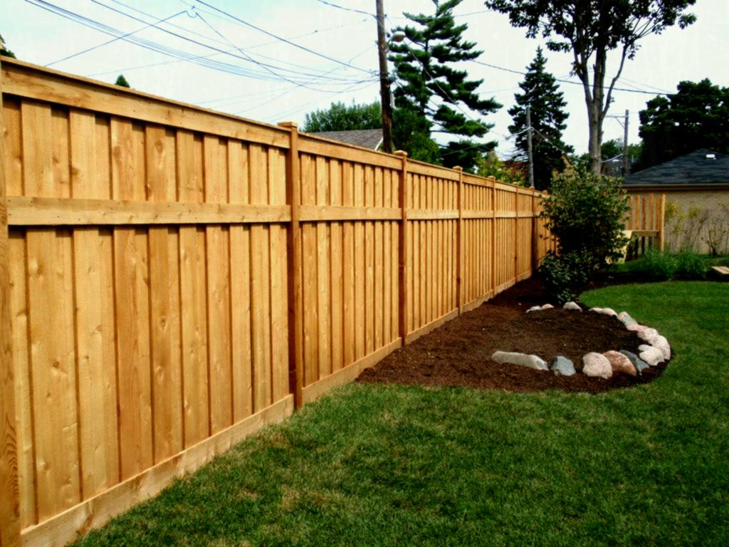 Picture of: Modern Wood Fence Exterior