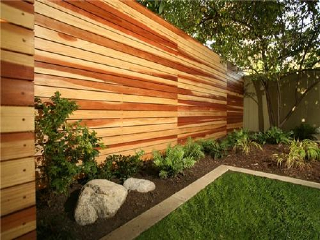 Picture of: Modern Wood Fence Rustic