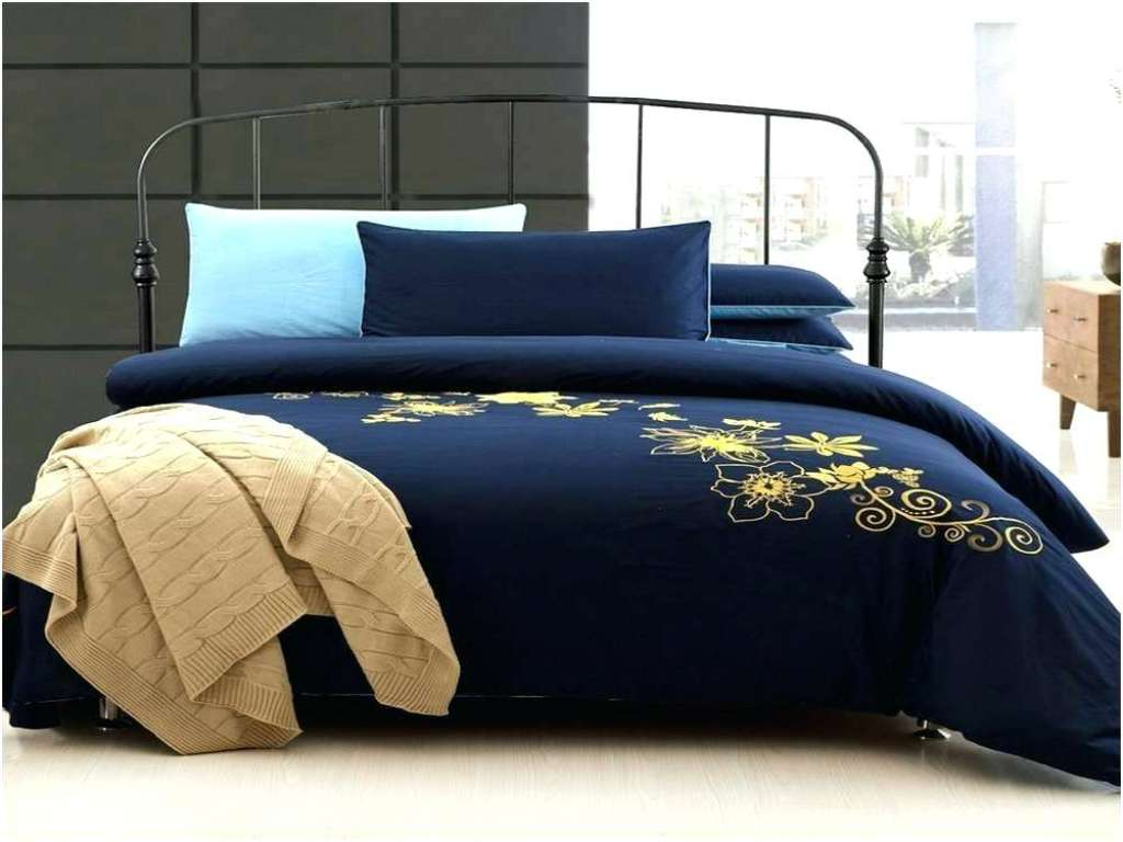 Image of: Navy And Yellow Bedding