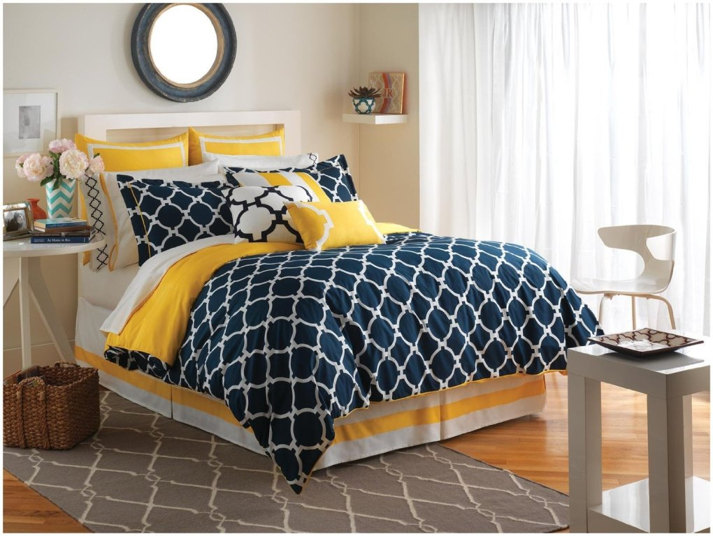 Picture of: Navy Blue And Yellow Bedding