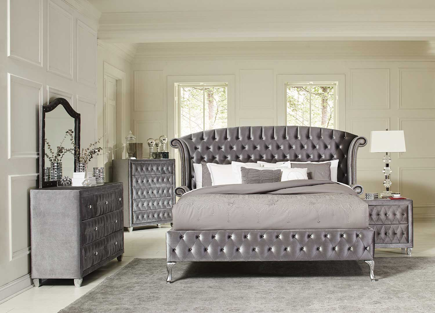Image of: New Silver Bedroom Set