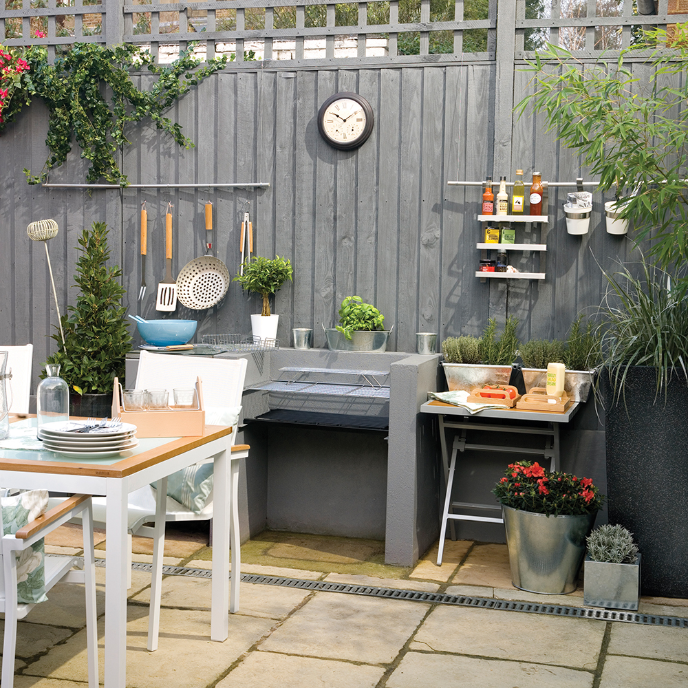 Picture of: Nice Garden Fence Ideas