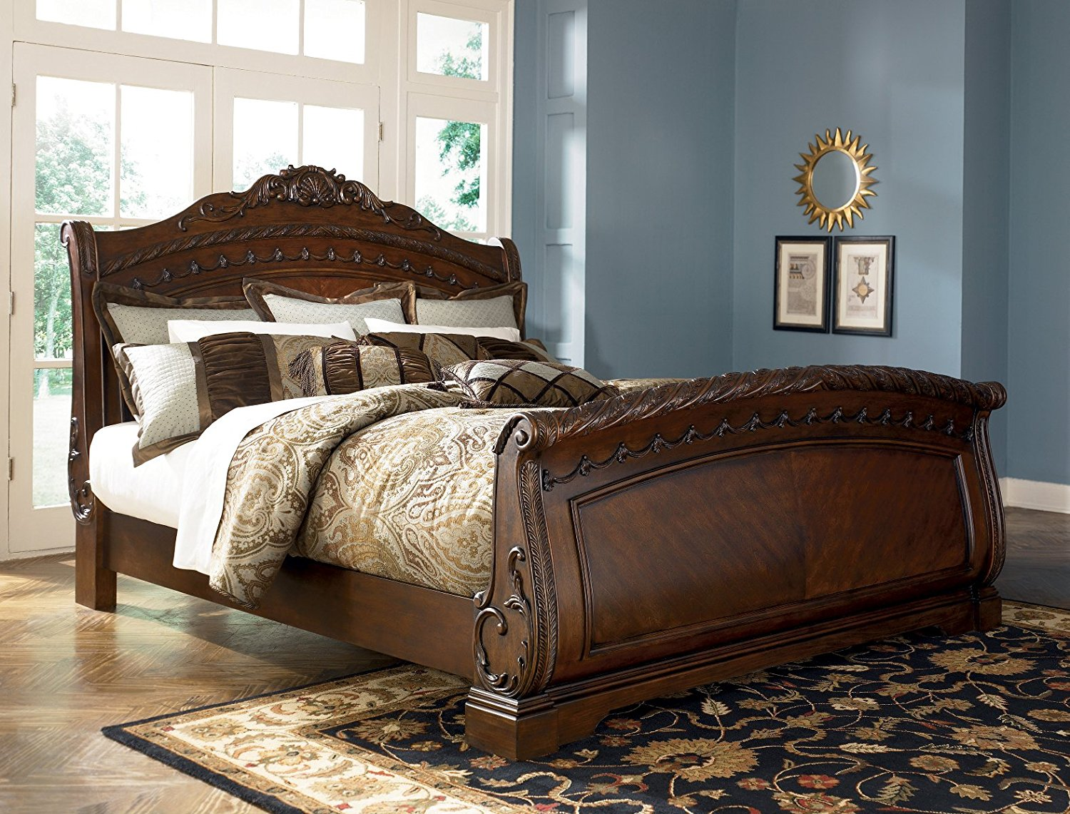 Picture of: North Shore Bedroom Set Ideas