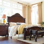 North Shore Bedroom Set Used