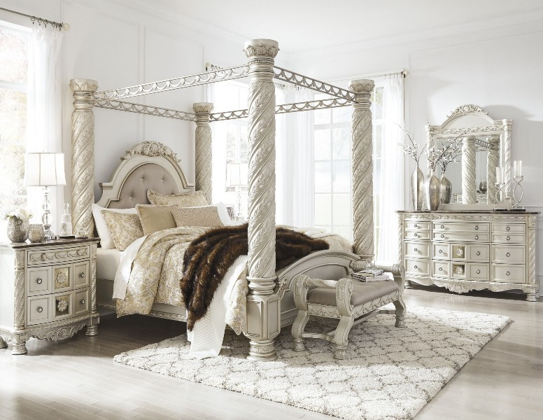 Picture of: North Shore Bedroom Set White