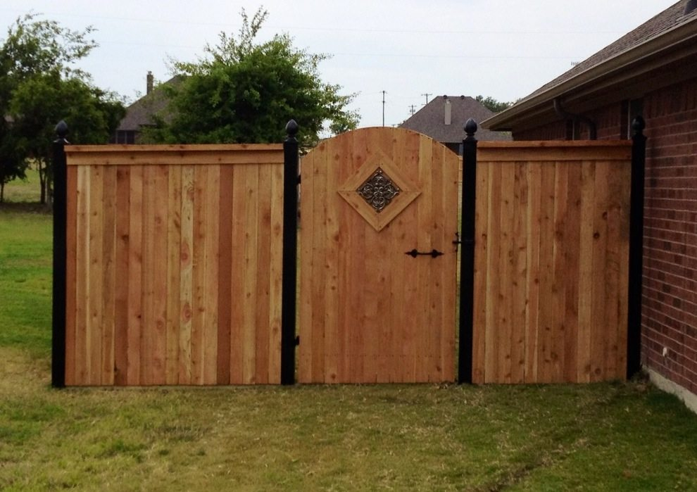 Picture of: Original Wood Fence Styles