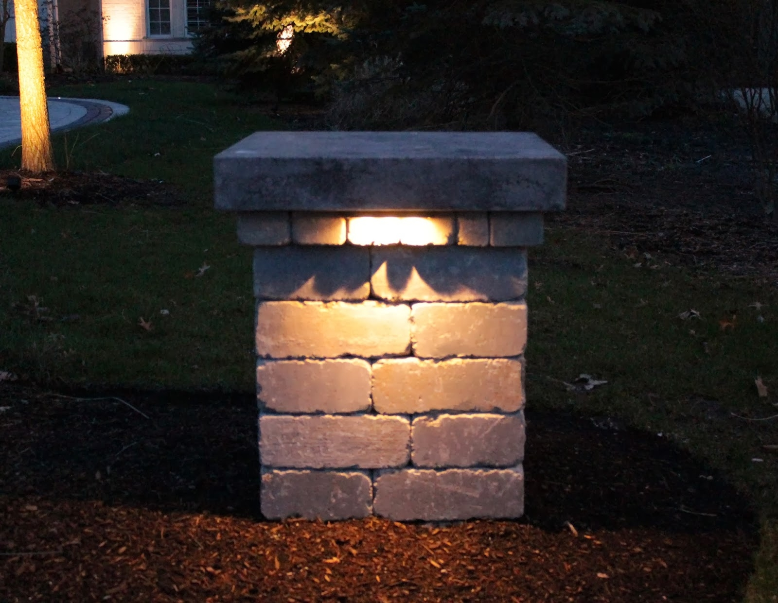Picture of: Outdoor Column Lights Small