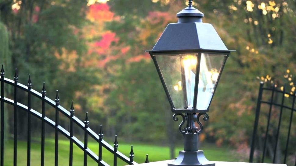 Picture of: Outdoor Gas Lights Types