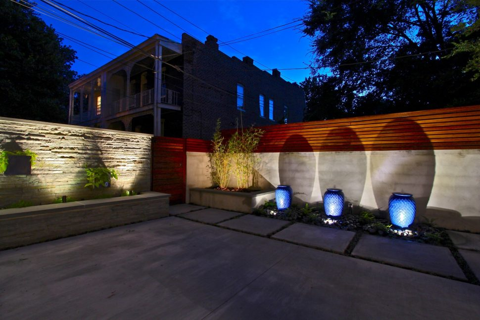 Picture of: Outdoor Lamp Post Light Bulbs