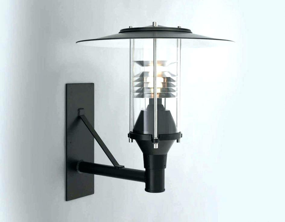 Picture of: Outdoor Lamp Post Solar