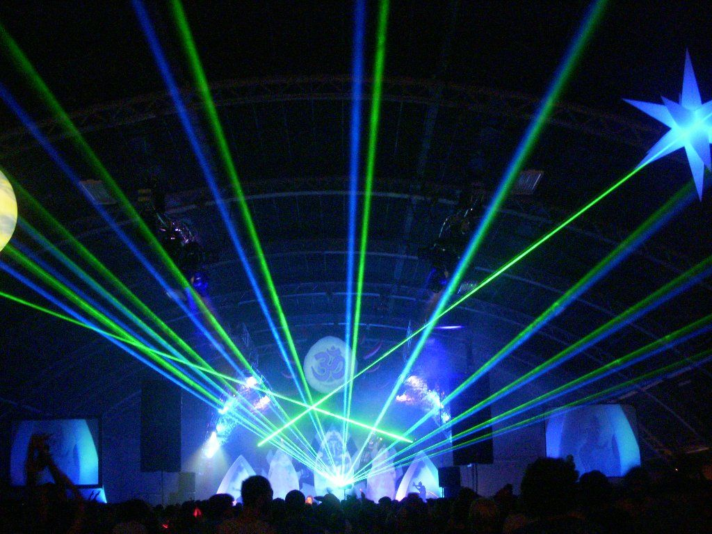Picture of: Outdoor Laser Lights Gorgeous