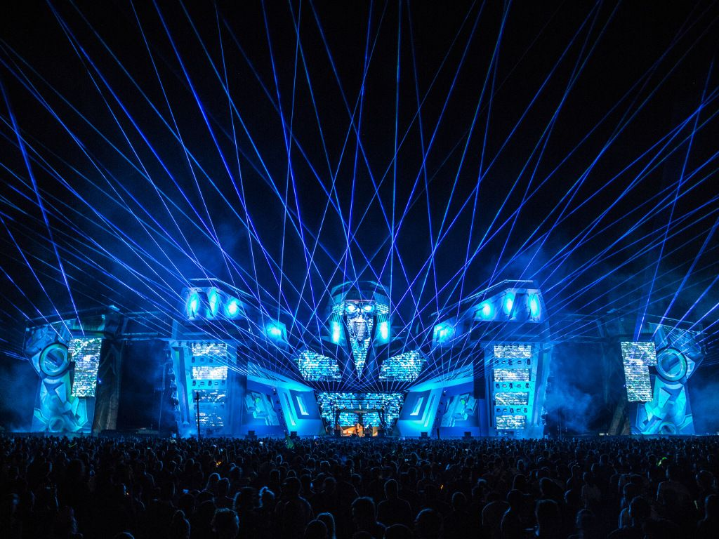 Picture of: Outdoor Laser Lights Show
