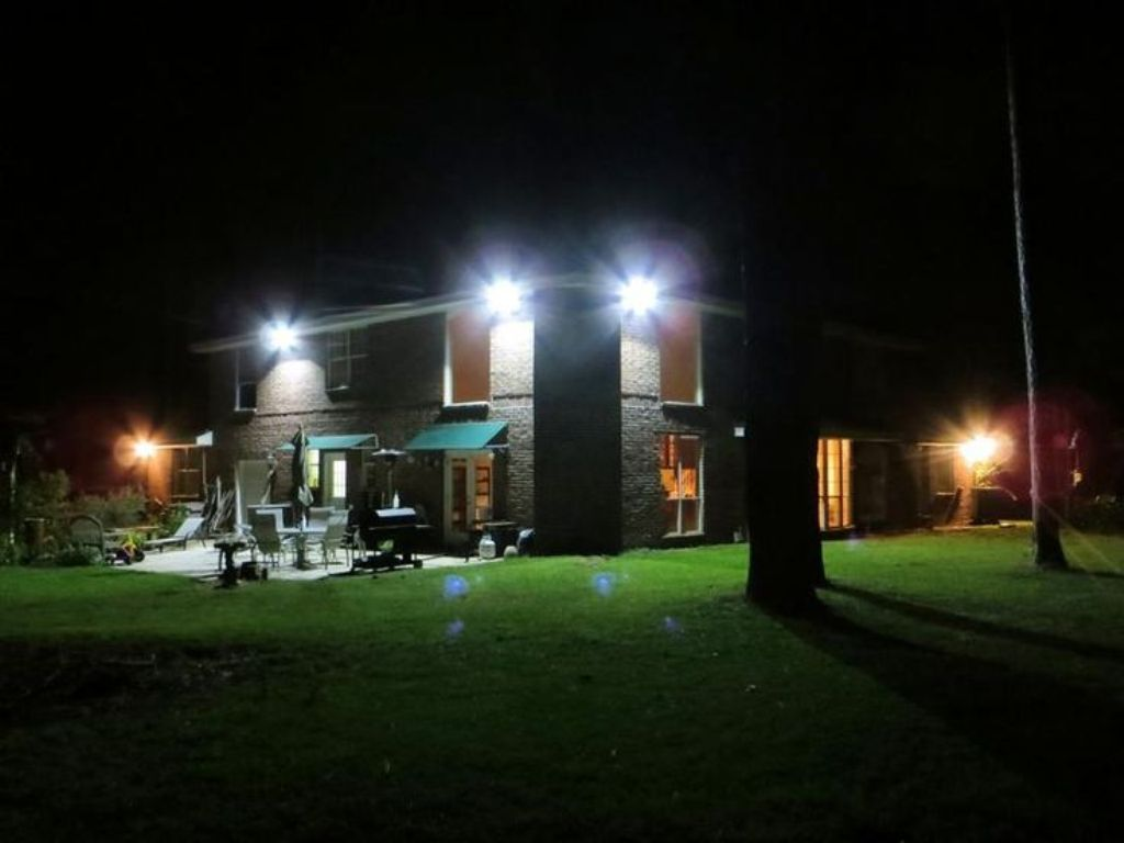 Picture of: Outdoor Led Flood Light Bulbs Type