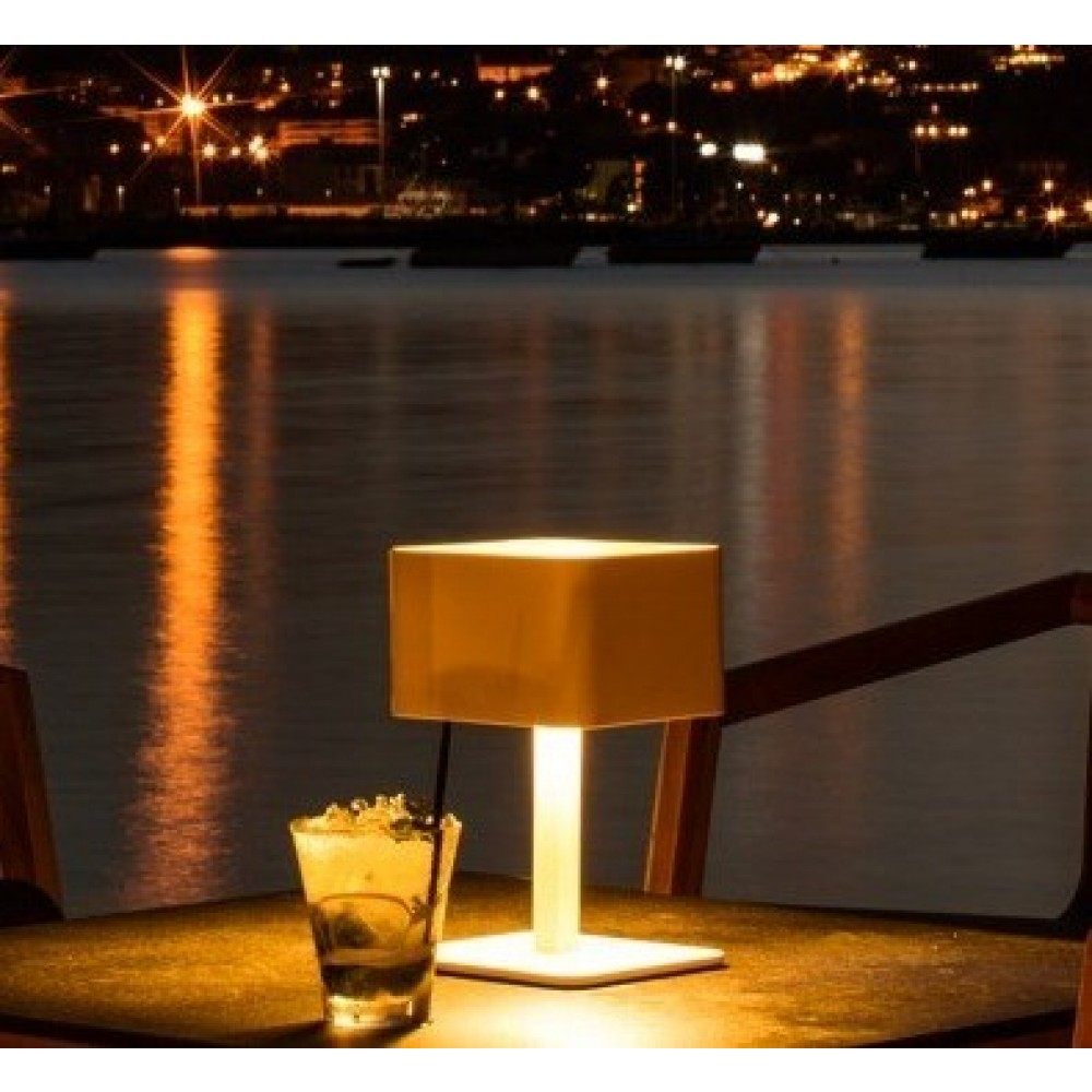 Outdoor Solar Table Lamp Color