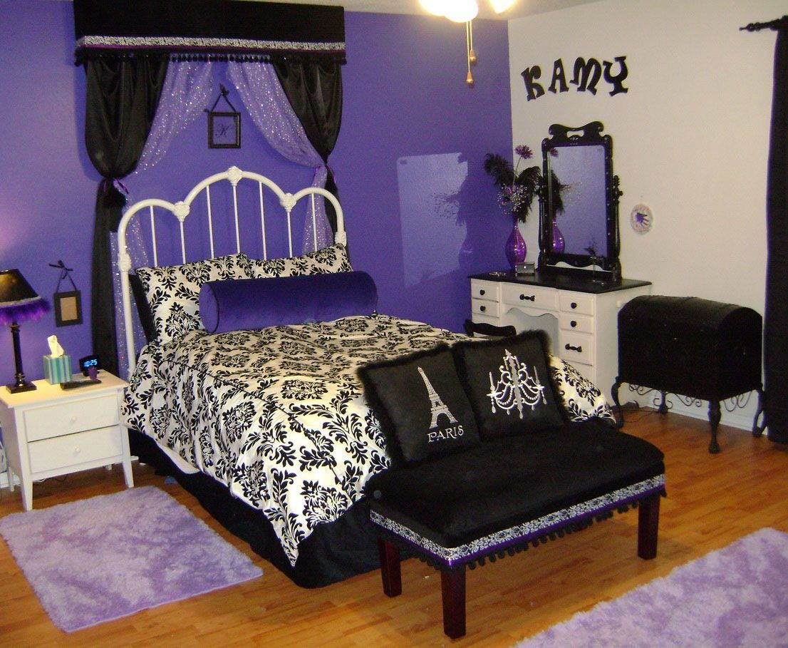 Picture of: Paris Bedroom Set At Rooms To Go