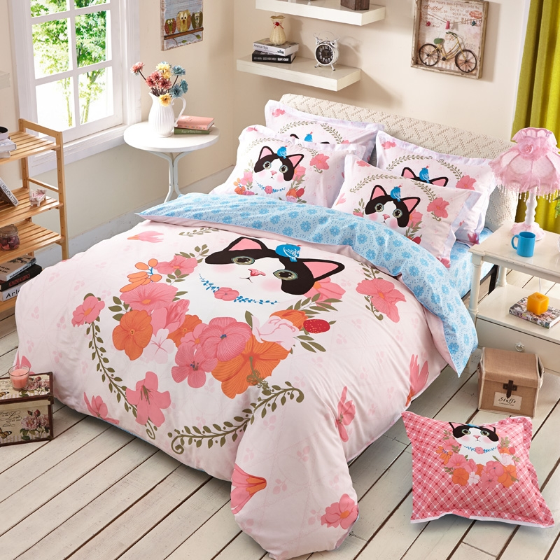 Image of: Peach Cat Duvet Cover