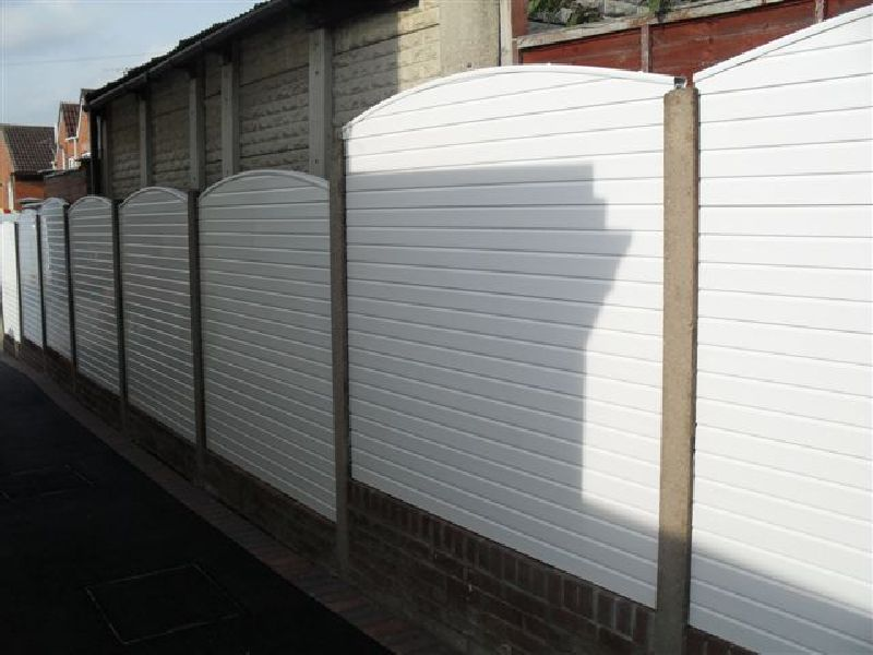 Picture of: Perfect Plastic Fence Panels