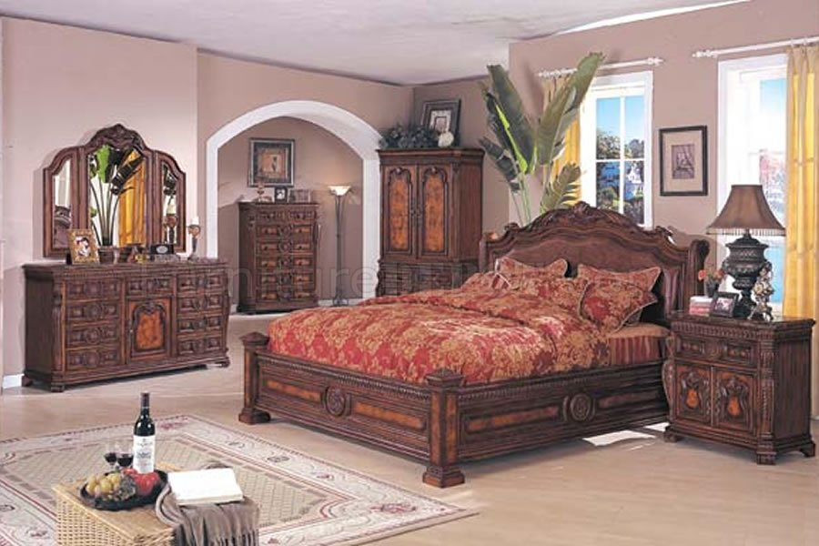 Image of: Perfect Traditional Bedroom Sets