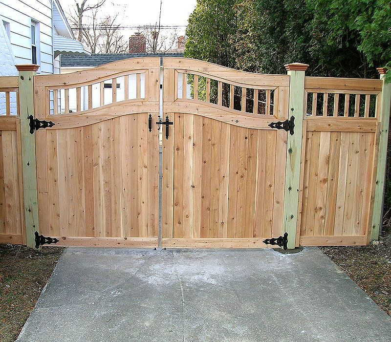 Picture of: Picket Wood Fence Gate Designs