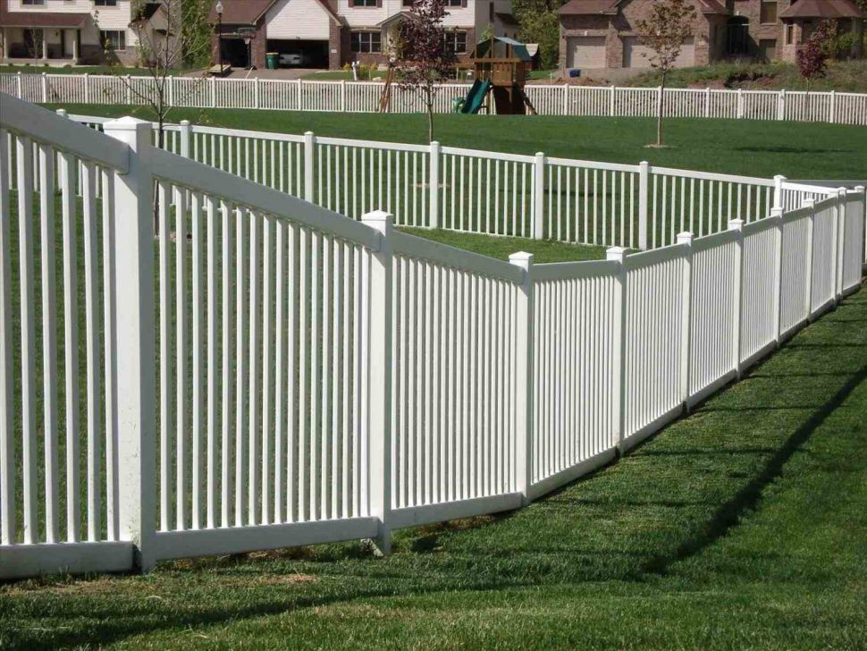 Picture of: Plastic Outdoor Dog Fence Panels
