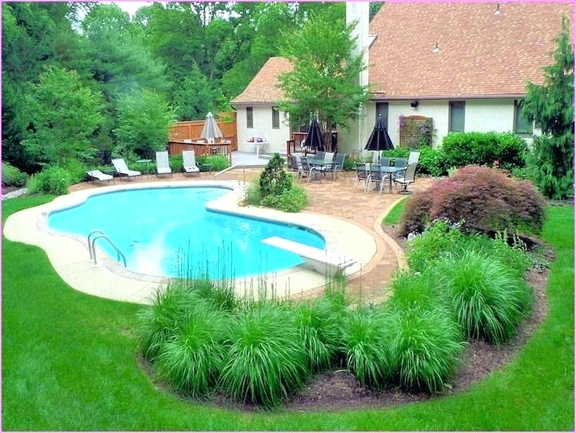 Picture of: Pool Fence Ideas Landscaping