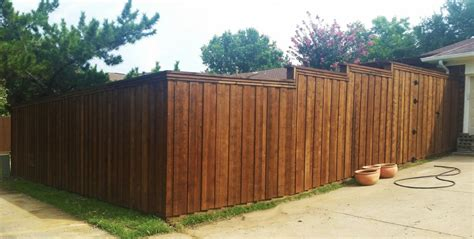 Picture of: Privacy 4 Ft Wood Fence