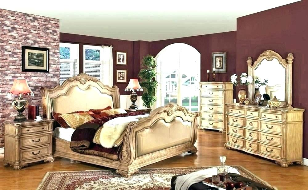 Image of: Provincial French Bedroom Set