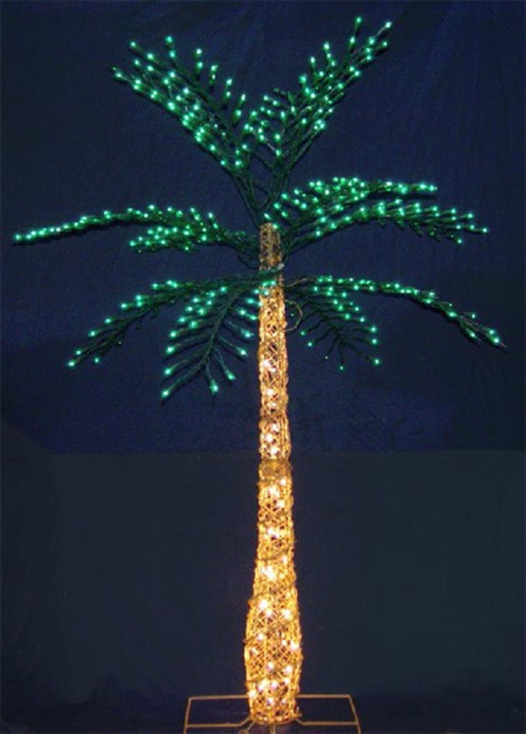 Picture of: Realistic Outdoor Lighted Palm Tree