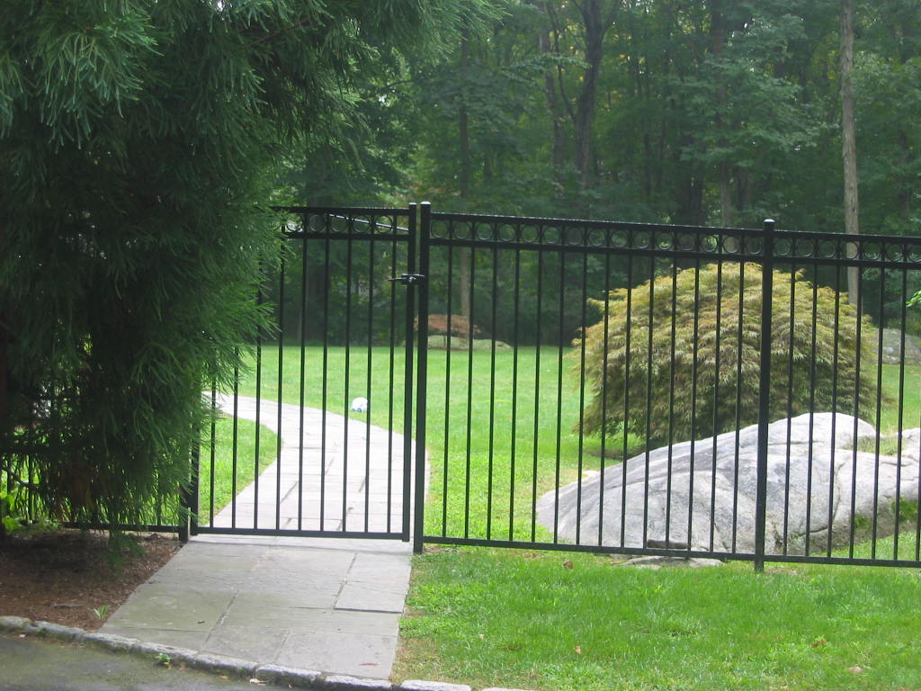 Image of: Residential Metal Deer Fencing