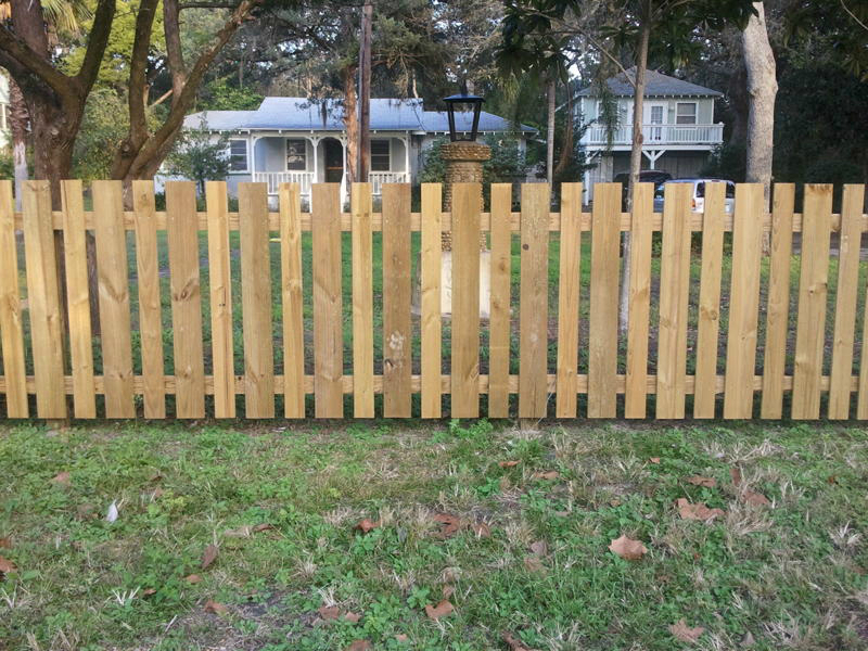 Picture of: Review Wood Fence Styles