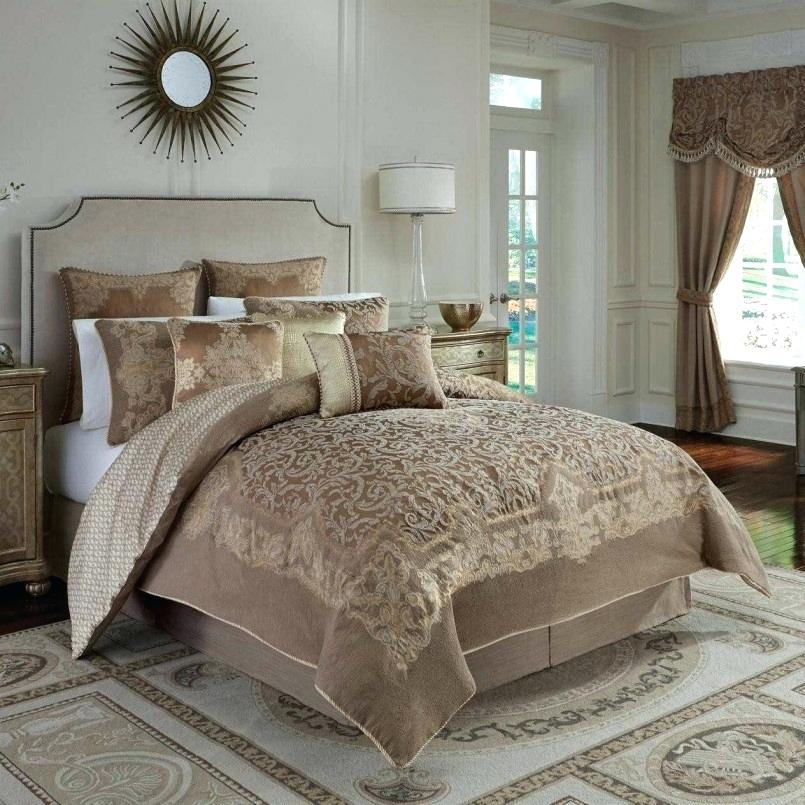 Ross Bedding Sets And Curtain
