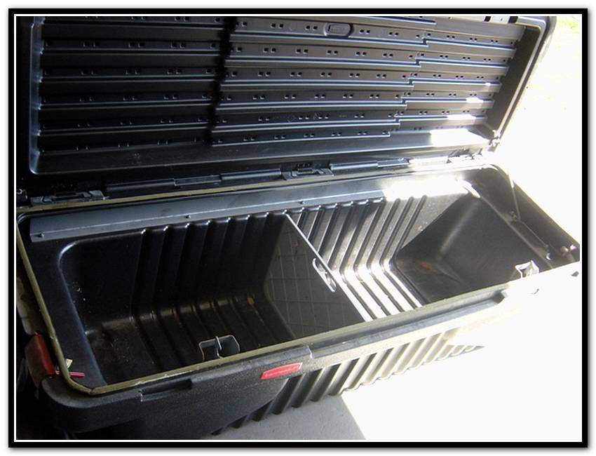 Image of: Rubbermaid Truck Bed Storage Containers