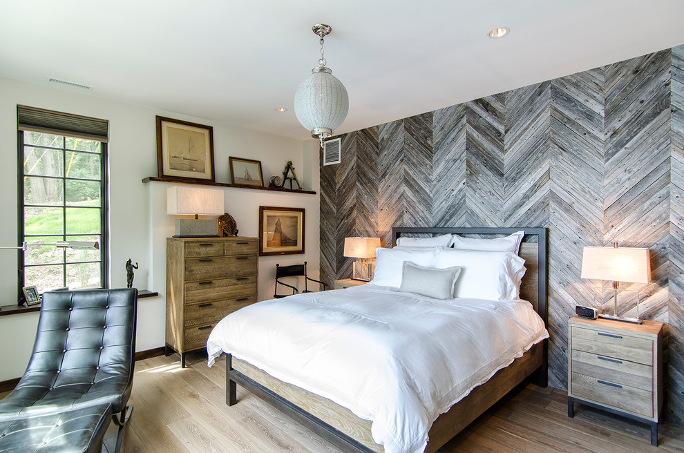 Picture of: Rustic Bedroom Set Wall