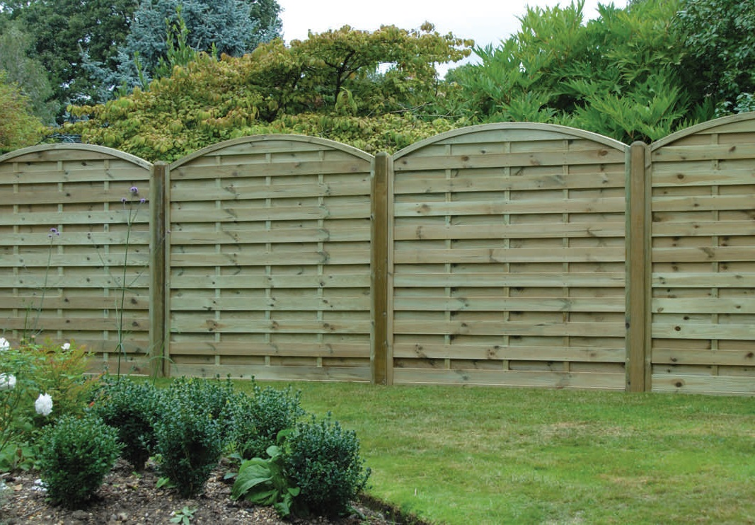 Picture of: Rustic Horizontal Fence Panels