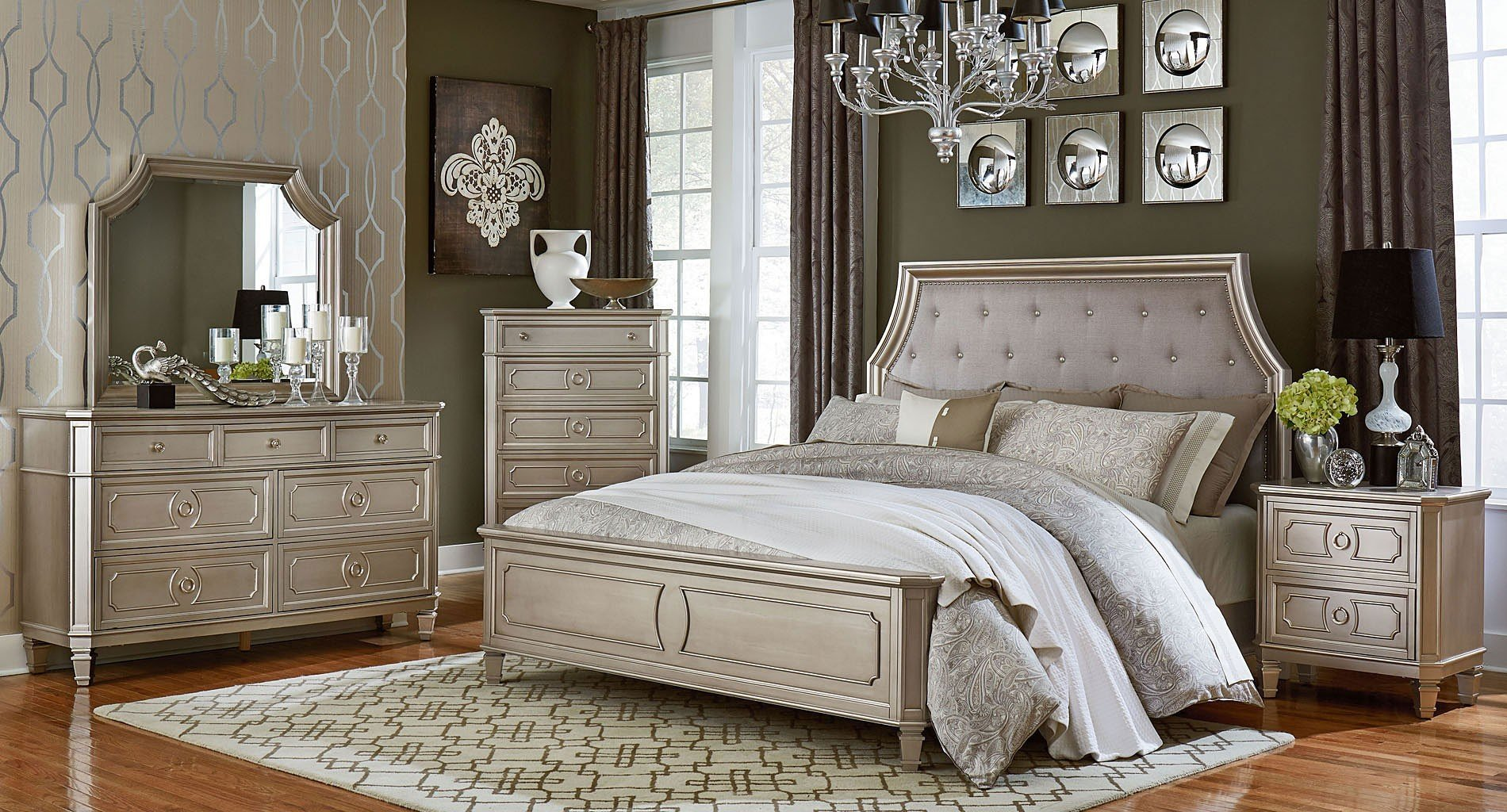 Picture of: Silver Bedroom Set Ideas
