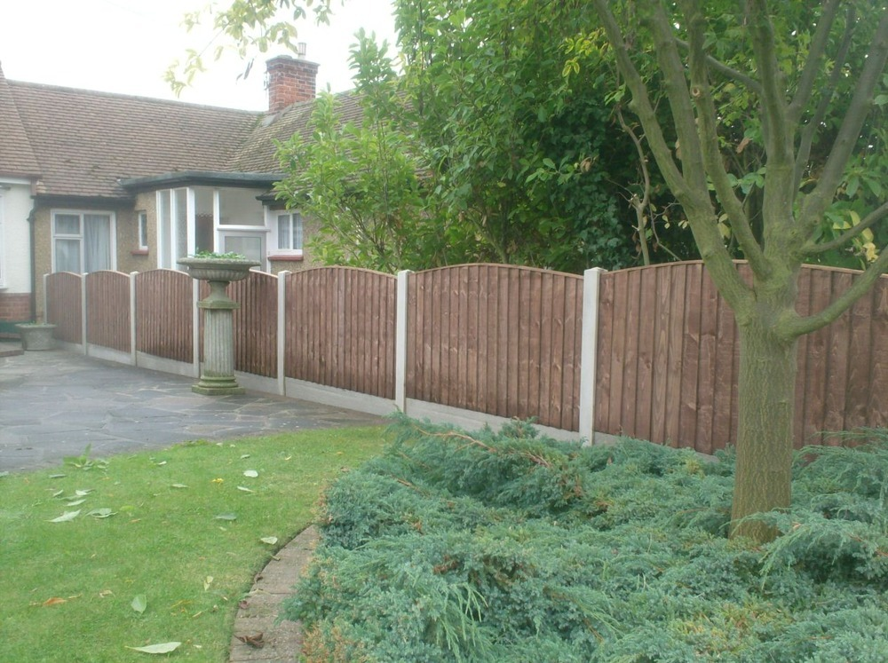 Picture of: Simple Garden Fence Ideas