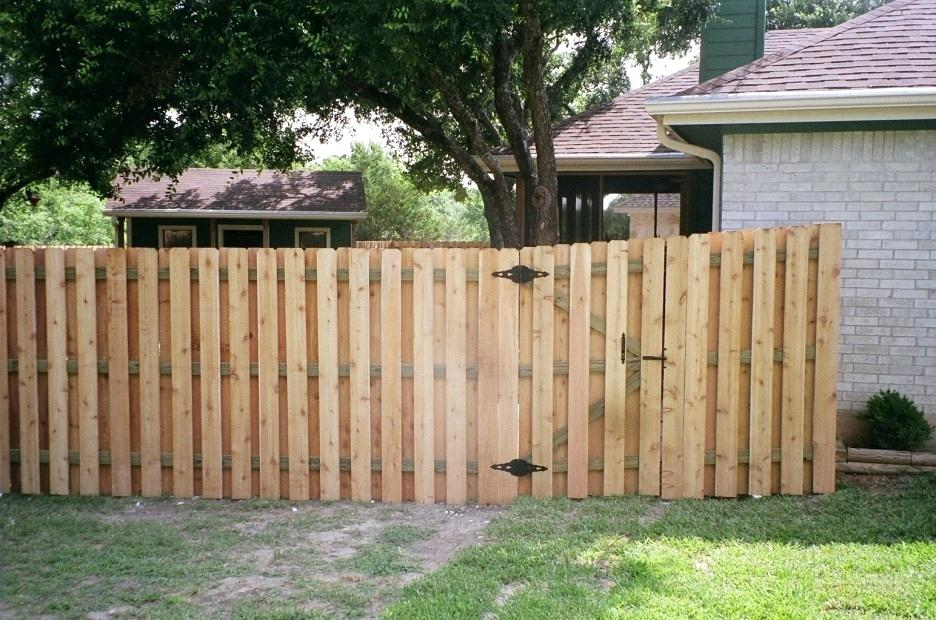 Picture of: Simple Wood Fence Gate Designs