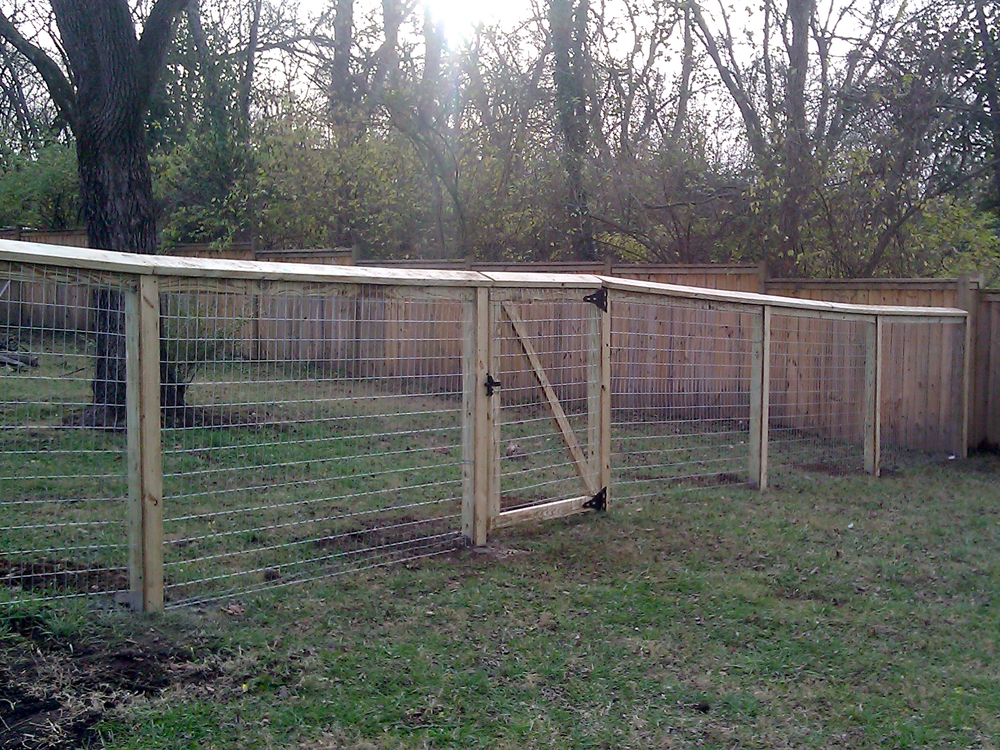 Picture of: Small Dog Fences
