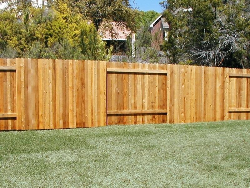 Picture of: Small Types of Wood Fences