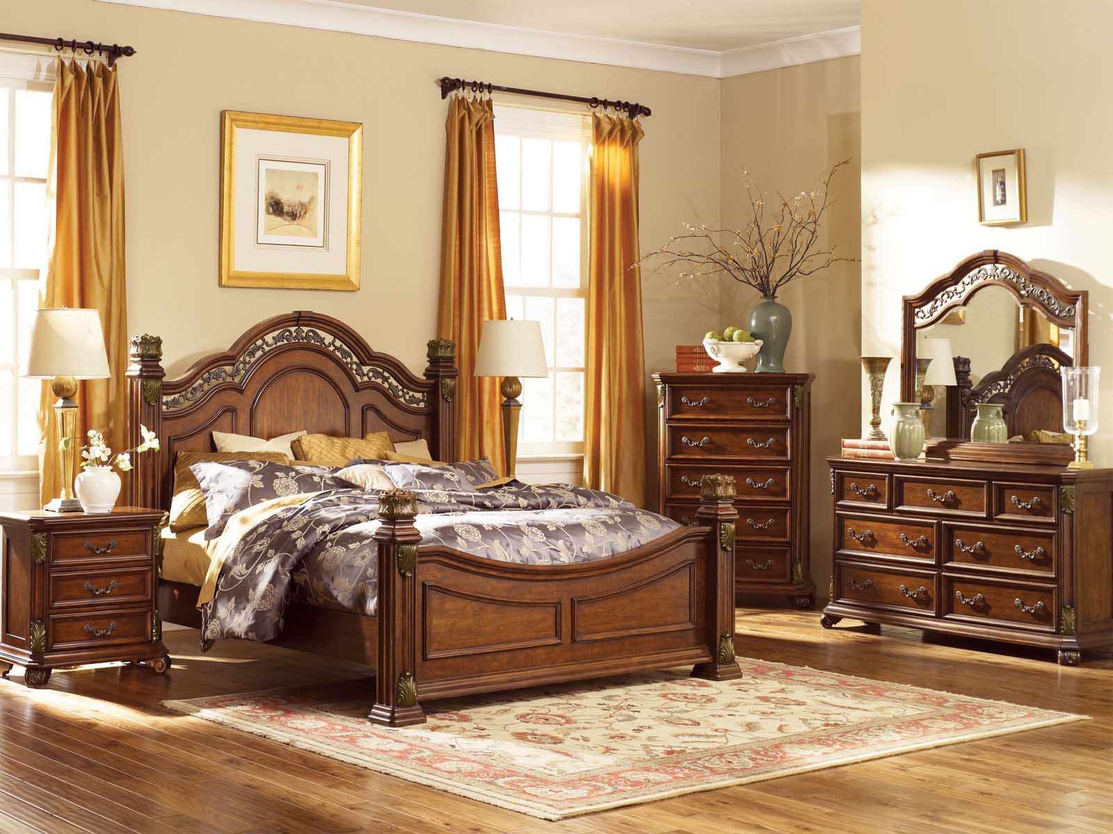 Smart Traditional Bedroom Sets
