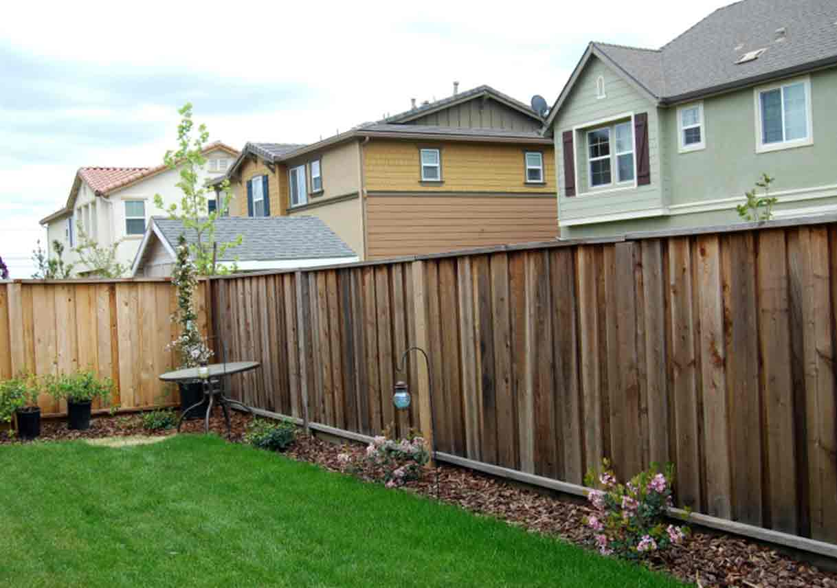 Picture of: Smart Types of Wood Fences