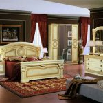Style Italian Bedroom Set