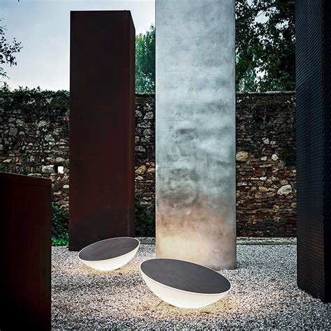 Picture of: Style Outdoor Floor Lamp