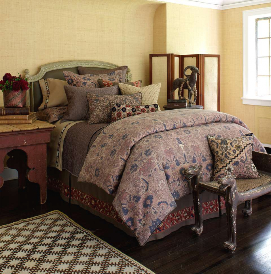 Picture of: Type Ross Bedding Sets