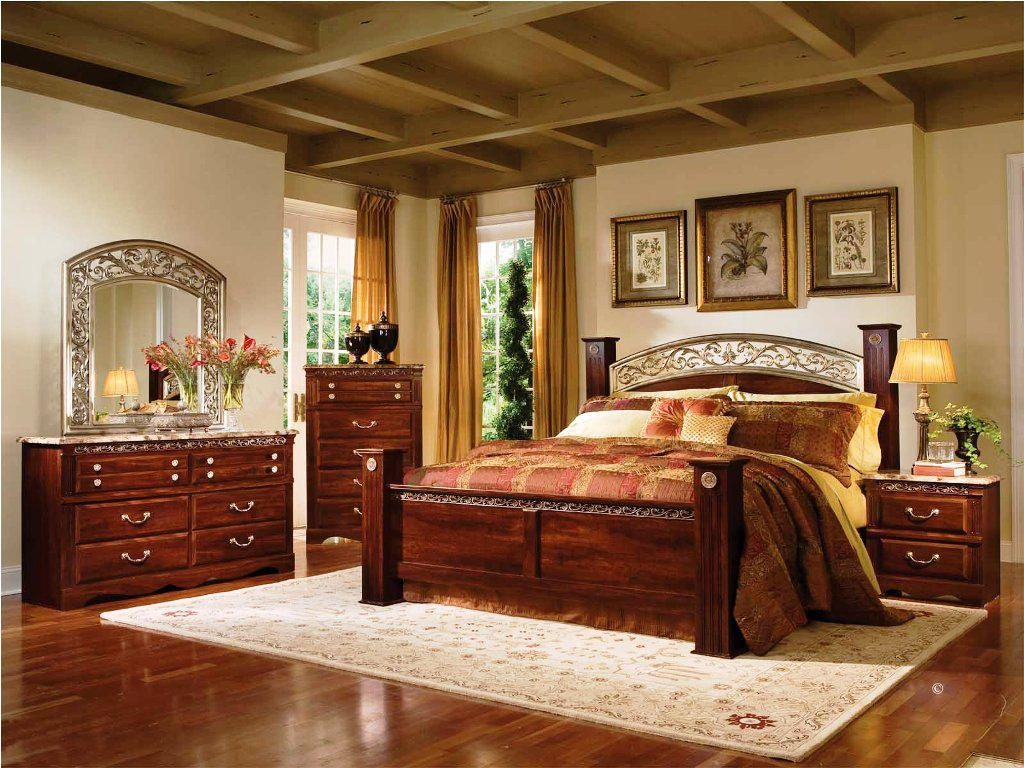 Image of: Vintage City Furniture Bedroom Sets
