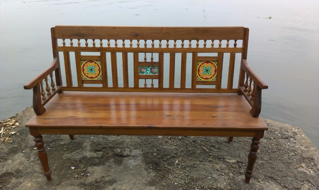 Image of: Vintage Wooden Bench Arms