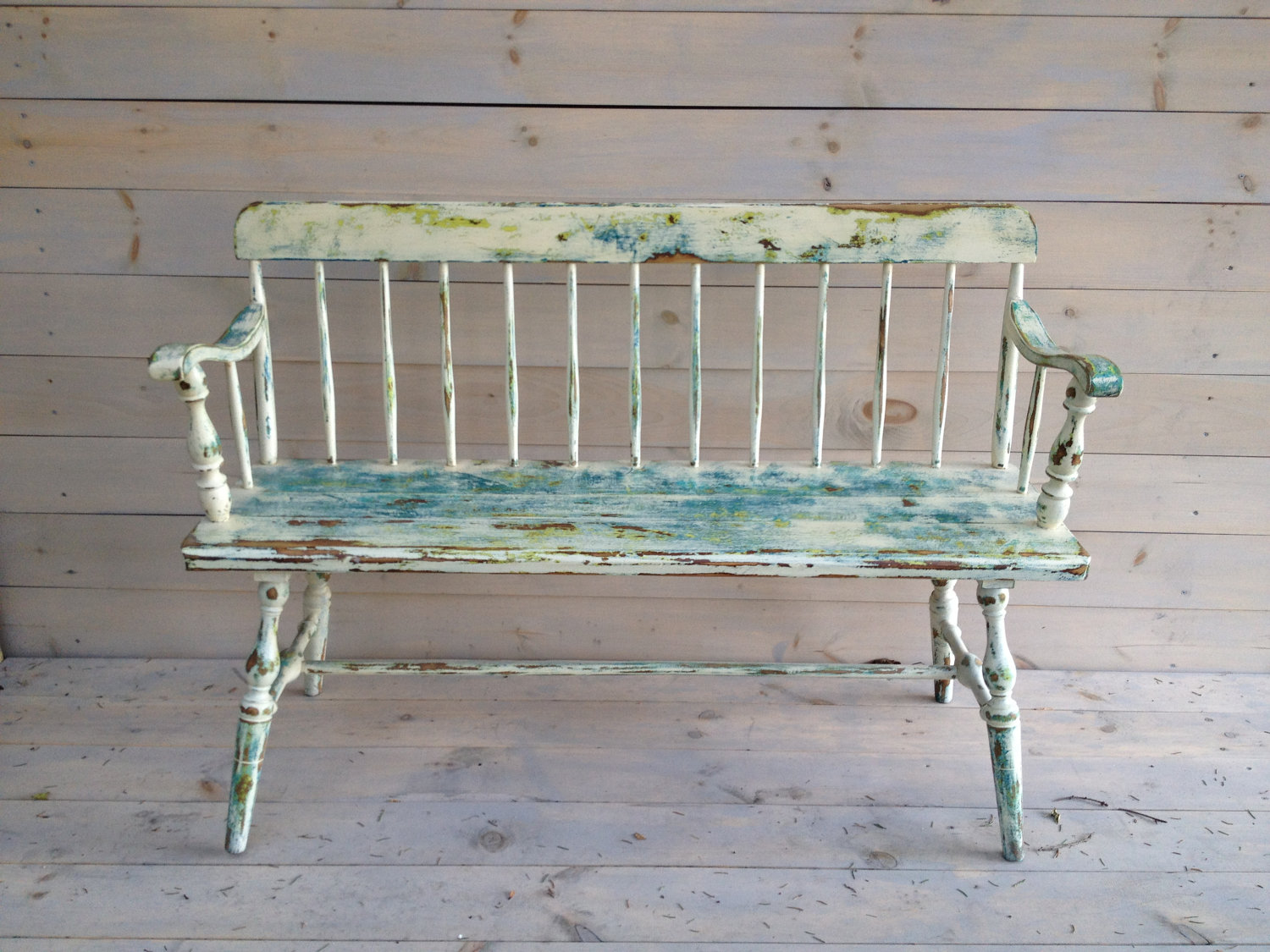 Image of: Vintage Wooden Bench Paint
