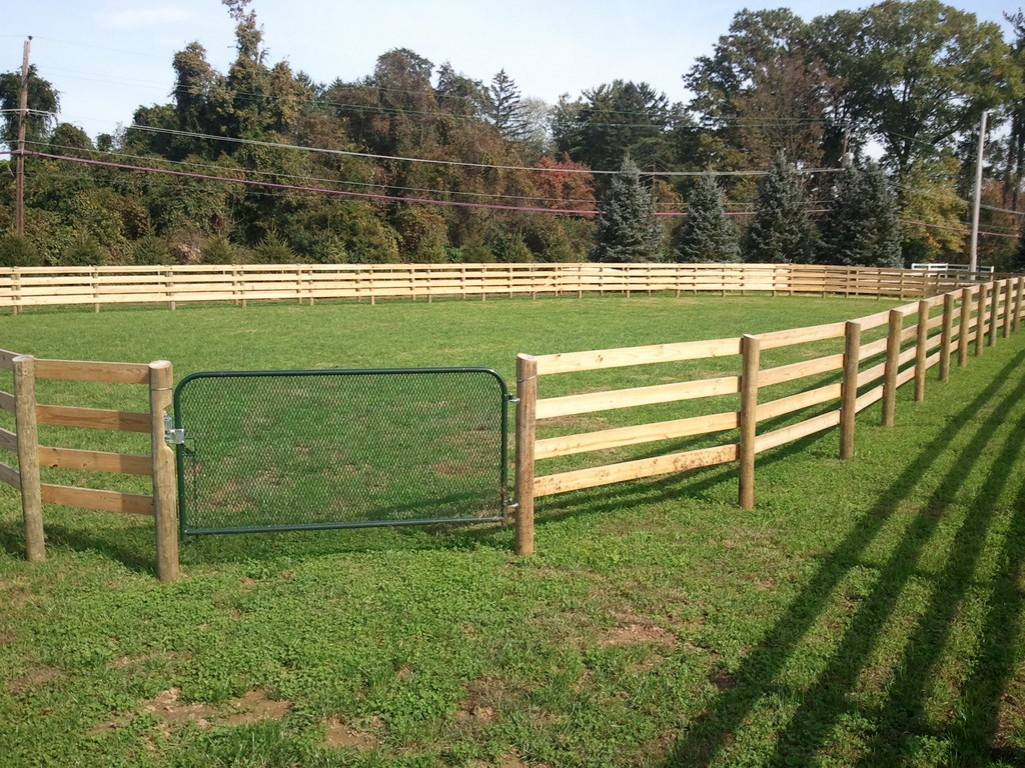 Vinyl Horse Fence Ideas