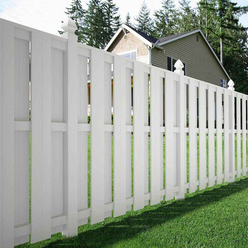 Picture of: White Painted Wood Fence Designs