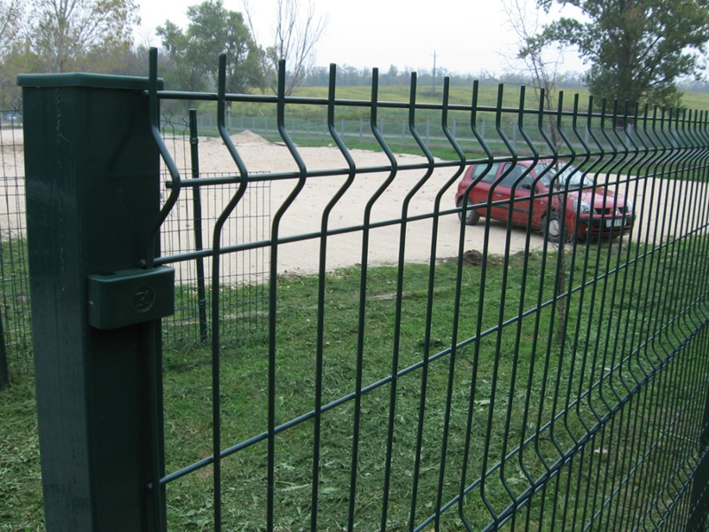 Picture of: Wire Mesh Fence Panels Black